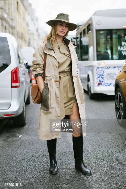 Ece Sukan poses after the Thom Browne show at the Ecole des Beaux Arts during Paris Fashion Week - Womenswear Spring Summer 2020 on September 29,...