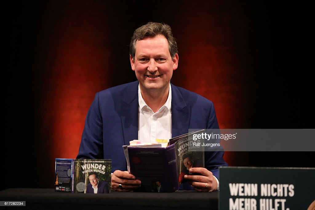 Eckart von Hirschhausen attends a reading during the lit. Cologne at `WDR Funkhaus´ on October 22, 2016 in Cologne, Germany.