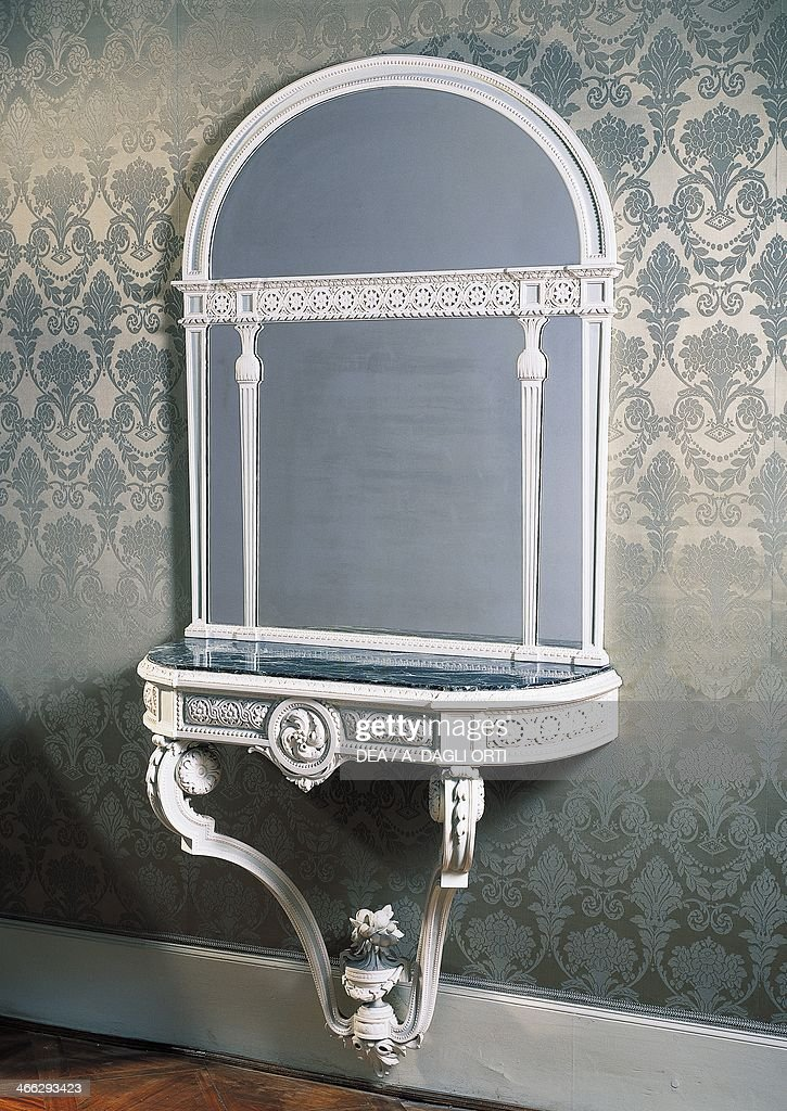 Great Eclectic Louis XVI Style Wall Mounted Plaster Console Table. Italy, 19th  Century