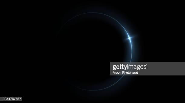 eclipse light, abstract lens flare ring background. - reflejo efecto de luz fotografías e imágenes de stock