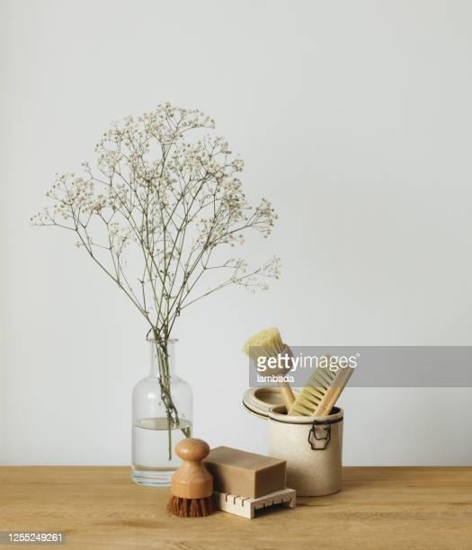 環境に優しいキッチンクリーニングツール - 清掃用具 ストックフォトと画像
