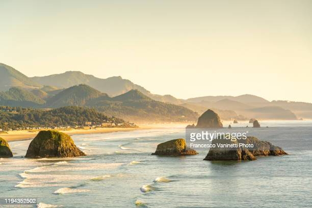 ecola state park, cannon beach, clatsop county, oregon, usa - oregon us state stock pictures, royalty-free photos & images