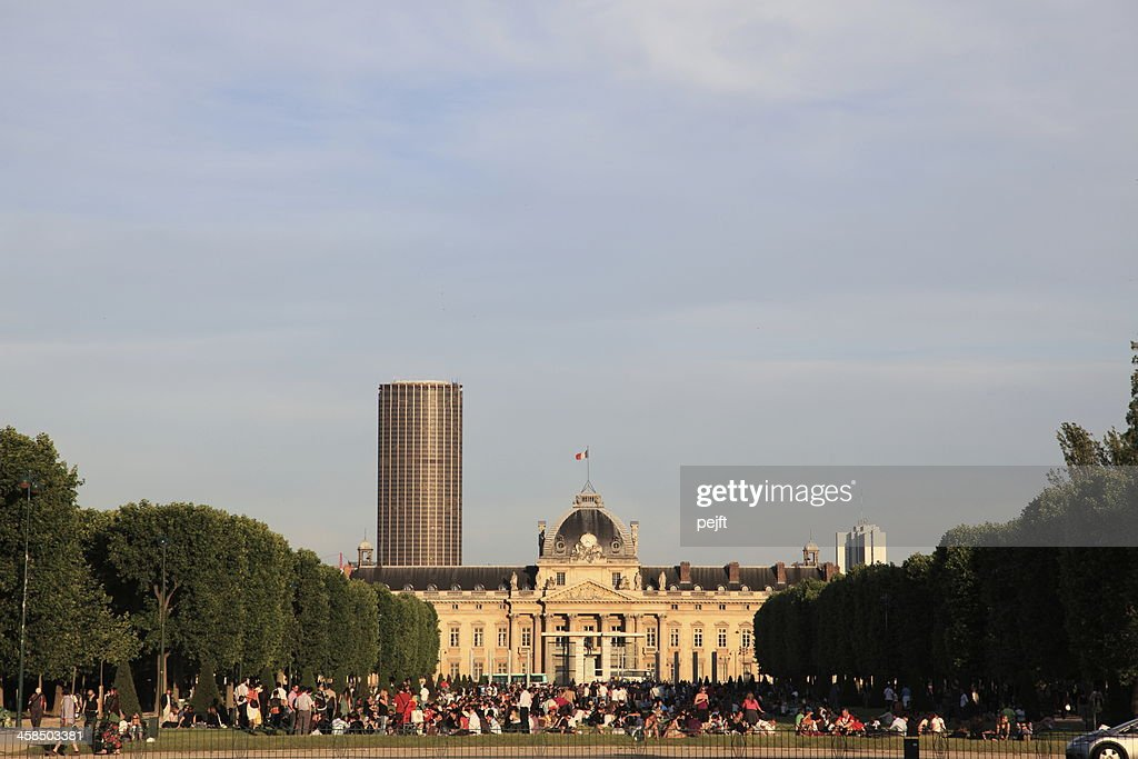 Ecole Militaire and people in Champ de Mars, Paris : Stock Photo
