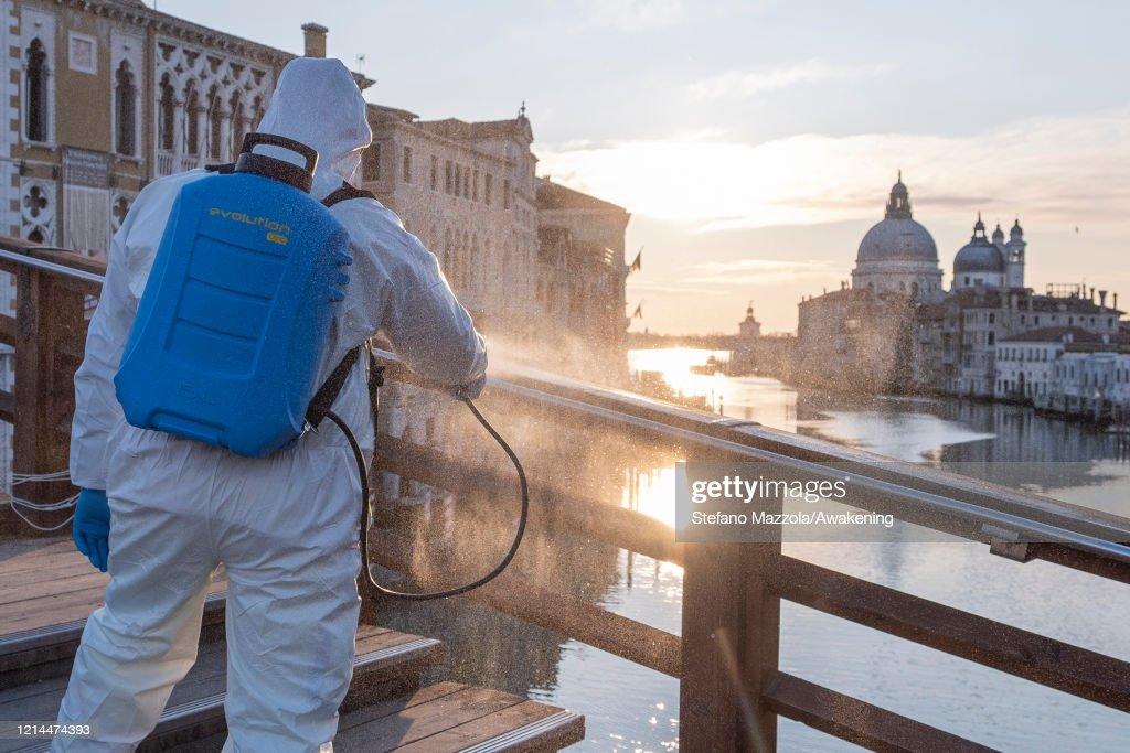 Coronavirus Outbreak Continues In Italy : ニュース写真