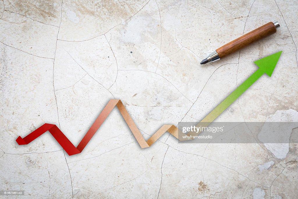 Economic Arrow With Growing Trend arrow paper : Foto de stock