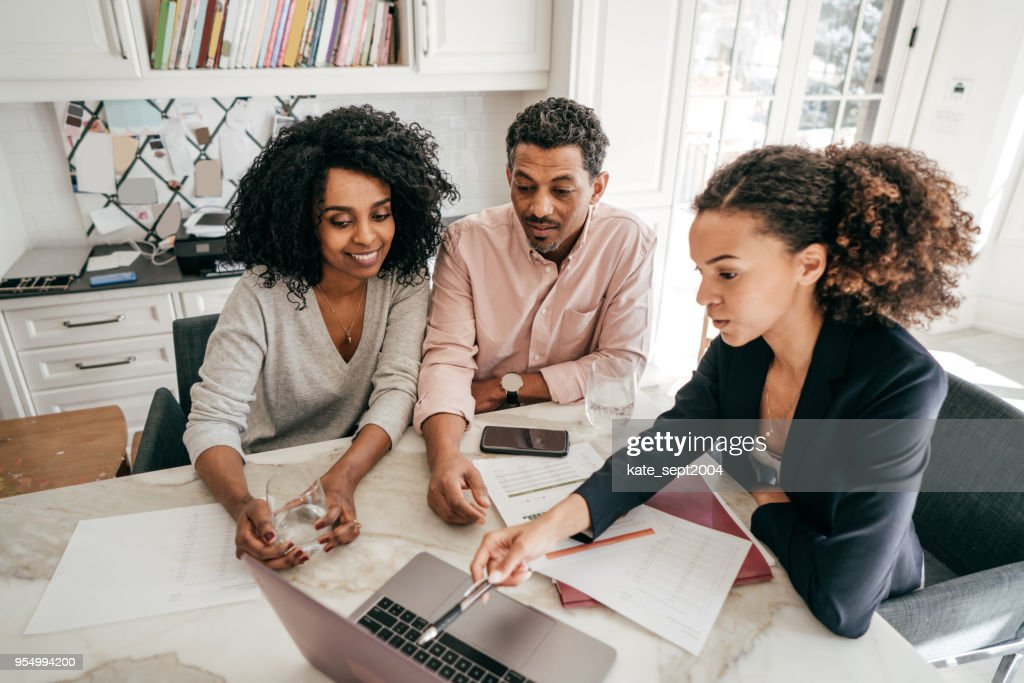 Economic challenges that the family can face : Stock Photo
