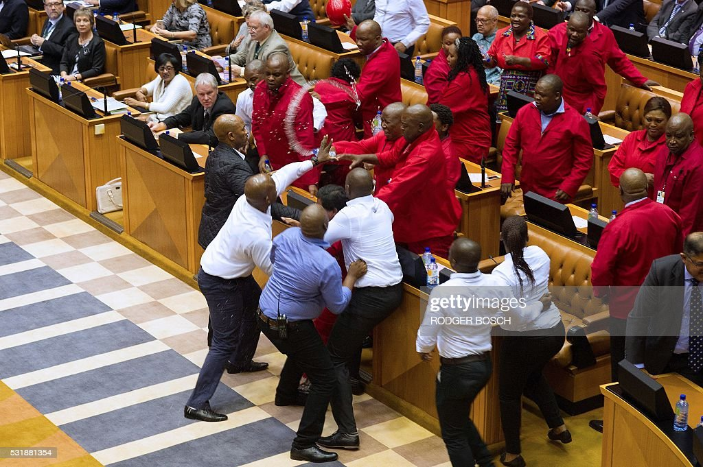 SAFRICA-POLITICS-PARLIAMENT : News Photo