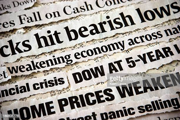 economic headlines surrounding each other - great depression stock pictures, royalty-free photos & images