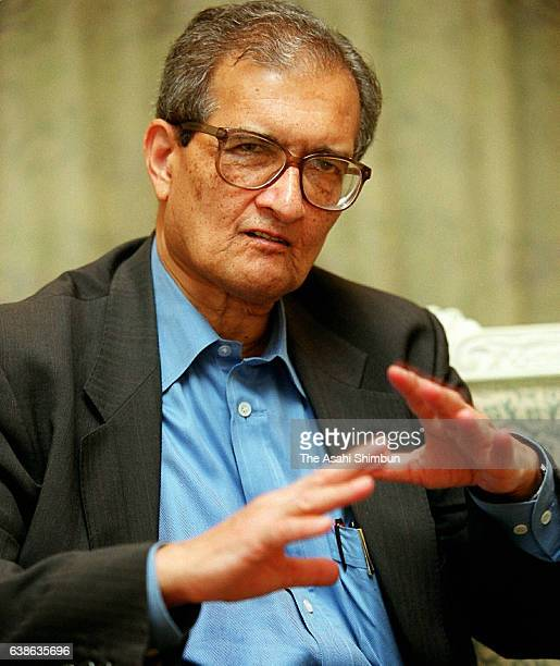 Economist and Noble Prize In Economy laureate Amartya Sen speaks during the Asahi Shimbun interview on July 29 2000 in Tokyo Japan