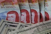 mexican banknotes pesos american five dollars