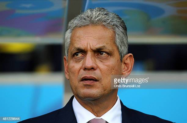 Ecuador manager Reinaldo Rueda looks on during the 2014 FIFA World Cup Brazil Group E match between Ecuador and France at Maracana Stadium on June 25...