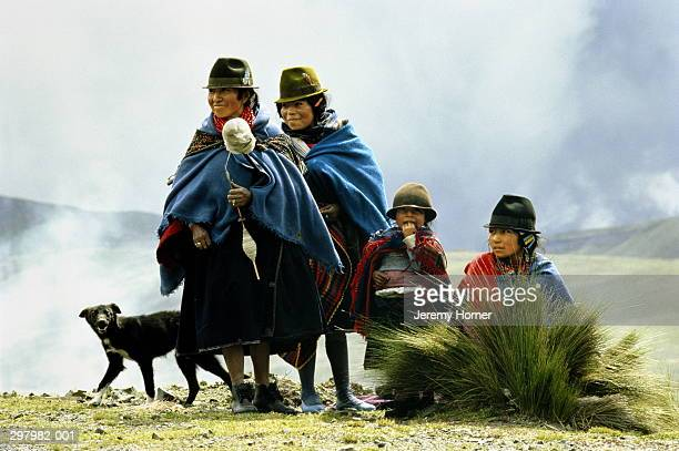Ecuador,Cotopaxi,Quechua Indian women and children