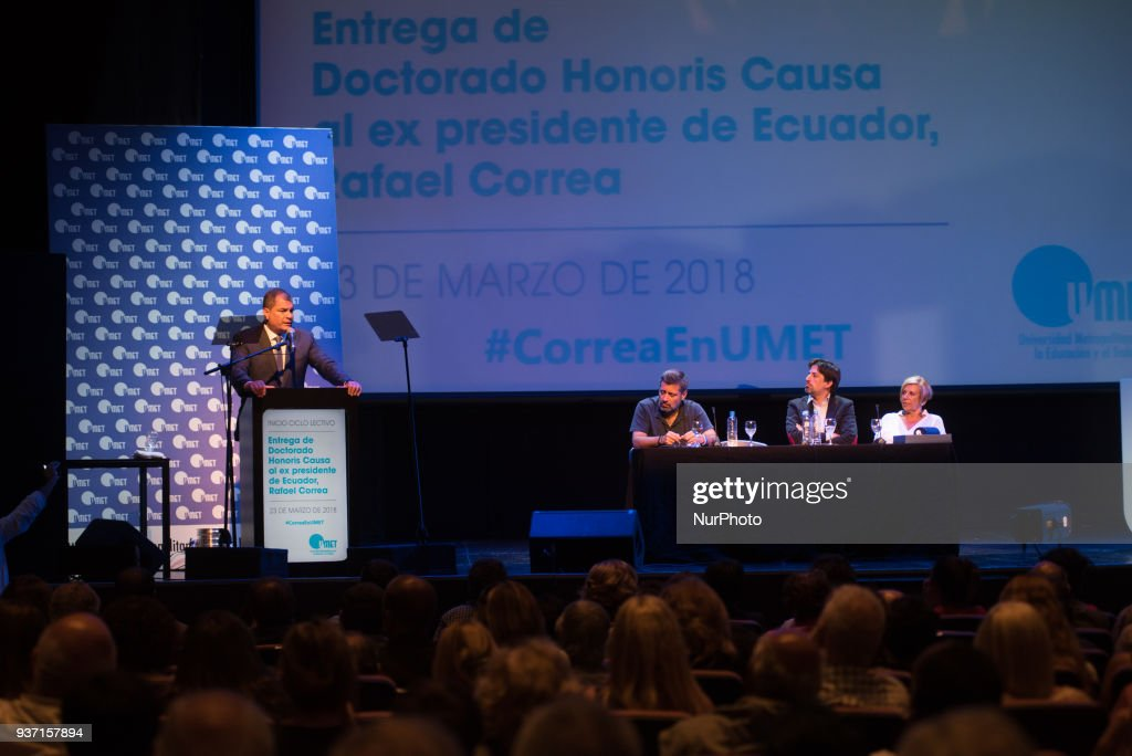 Rafael Correa recieved the Honoris Causa Doctorate Award