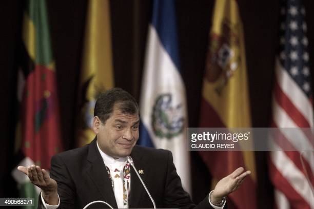 Ecuadorean President Rafael Correa gives a lecture at the CEPAL headquarters in Santiago Chile on May 14 2014 Correa is in Chile in official visit...