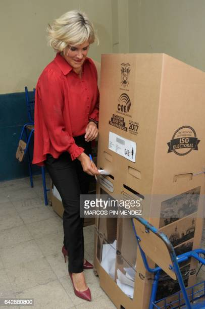 Ecuadorean presidential candidate Cynthia Viteri of the Social Christian Party / Madera de Guerrero casts her vote at a polling station in Guayaquil...
