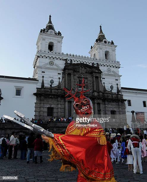 Ecuadorian people attend the Dia de los Santos Inocentes on January 02 2009 in Quito Ecuador The party occurs from December 28 to January 6 gathering...