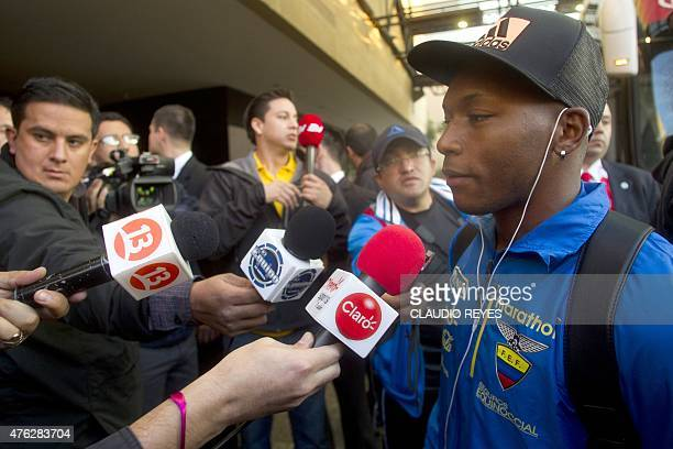 Ecuador's football team player Jonathan Gonzalez arrives at the hotel in Santiago on June 7 2015 Ecuador will face Chile in the opening match of the...