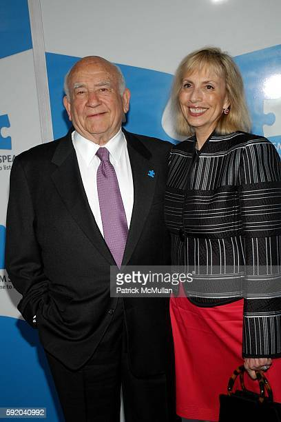 Ed Asner and Cindy Gilmore attend Jerry Seinfeld and Paul Simon perform 'One Night Only: A Concert for Autism Speaks' - Arrivals at Kodak Theater on...
