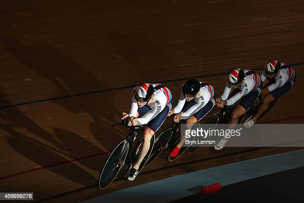 Ed Clancy leads the Great Britain Men's Pursuit Team during the Team Pursuit Semi Finals on day one of the UCI Track Cycling World Cup at the Lee...