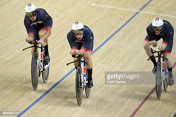Ed Clancy Steven Burke Owain Doull of Great Britain compete in the Men's Team Pursuit qualifying on Day 6 of the 2016 Rio Olympics at Rio Olympic...