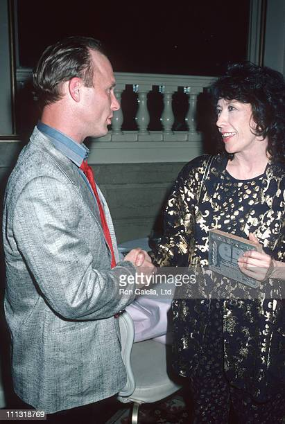 Ed Harris and Lily Tomlin during 1986 Drama Desk Awards at Plaza Hotel in New York City New York United States
