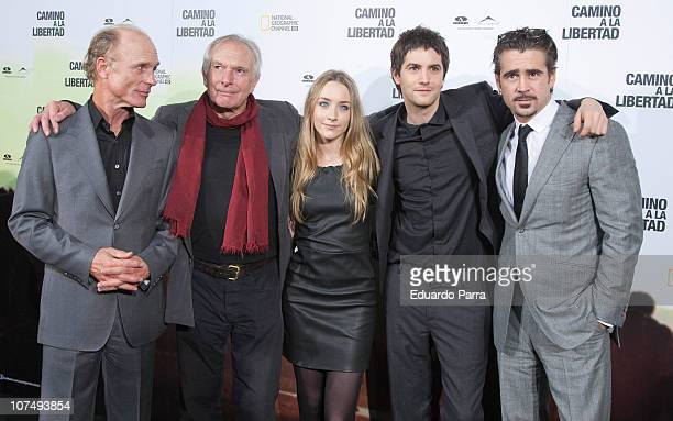 Ed Harris Peter Weir Saoirse Ronan Jim Sturgess and Colin Farrel attend The Way Back premiere at Capitol cinema on December 9 2010 in Madrid Spain