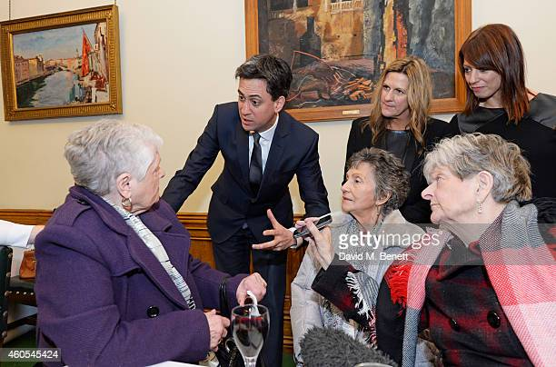 Ed Miliband Jane Bruton EditorinChief at Grazia Magazine and Gloria De Piero MP pose with reallife Dagenham strikers Vera Simem Gwen Davis and Eileen...