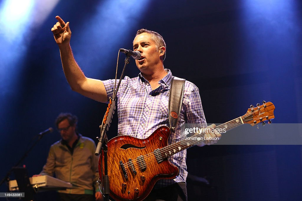 Last Summer On Earth Tour With Barenaked Ladies, Blues Traveler, Big Head Todd & The Monsters And Cracker In Concert