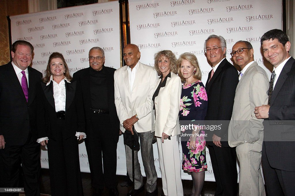 7th Annual Stella By Starlight Benefit Gala : News Photo