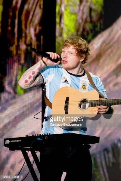 Ed Sheeran performs during the 'Devide' Tour at Ciudad de La Plata Stadium on May 20, 2017 in Buenos Aires, Argentina.