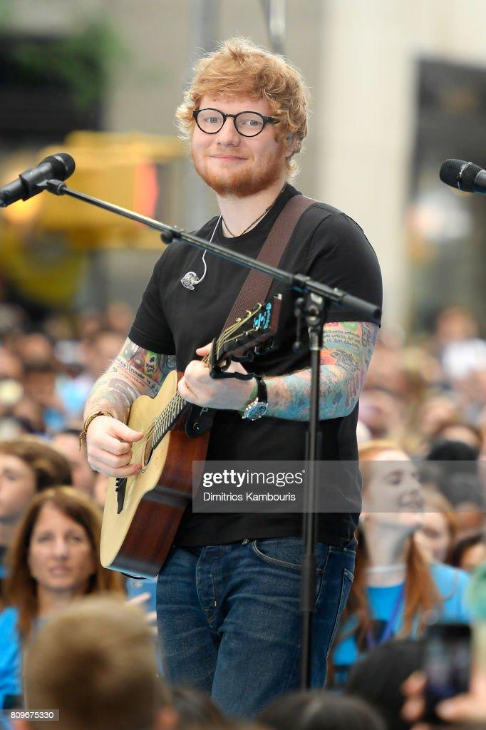 Fotos e imágenes de Ed Sheeran Performs On NBC\'s