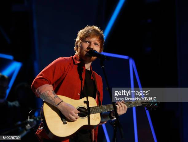 Ed Sheeran performs onstage during the 2017 MTV Video Music Awards at The Forum on August 27, 2017 in Inglewood, California.
