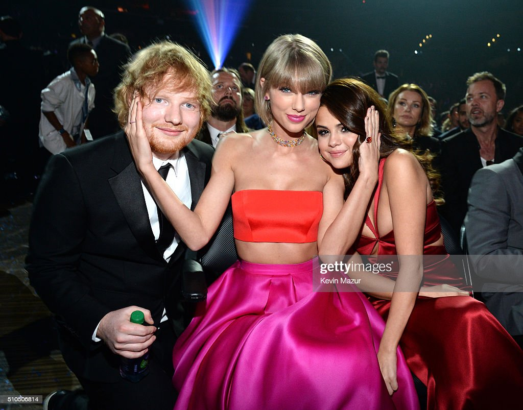 The 58th GRAMMY Awards - Backstage And Audience : News Photo
