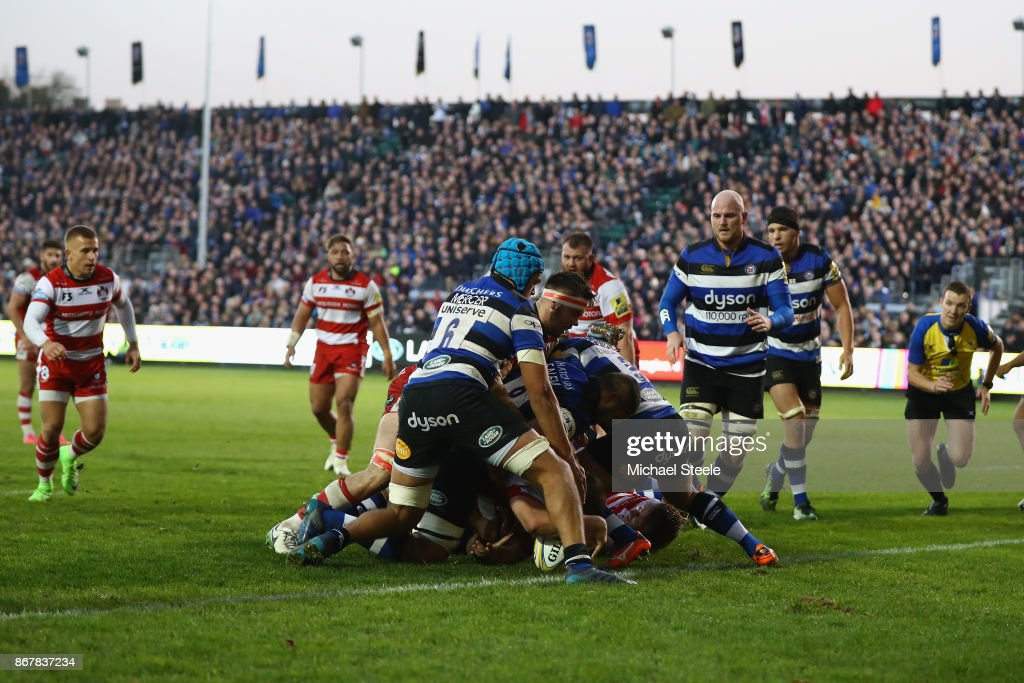Ed Slater (hidden) of Gloucester scores the winning try during the Aviva Premiership match between Bath Rugby and Gloucester Rugby at the Recreation Ground on October 29, 2017 in Bath, England.
