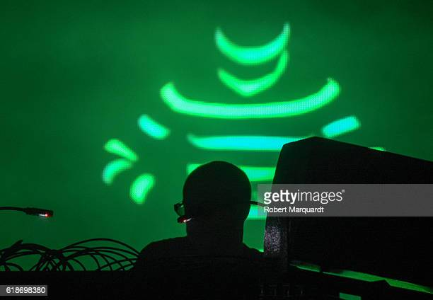 Ed Tom Rowlands of the Chemical Brothers peforms on stage at Poble Espanyol on October 27 2016 in Barcelona Spain
