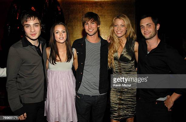 Ed Westwick Leighton Meester Chace Crawford Blake Lively and Penn Badgley of 'Gossip Girl'