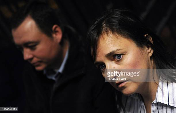 Edda Mellas the mother of US student Amanda Knox and her partner Chris arrive for a trial session on November 28 2009 at Perugia's courthouse The...