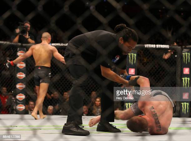 Eddie Alvarez celebrates after knocking out Justin Gaethje during the UFC 218 event at Little Caesars Arena on December 2 2017 in Detroit Michigan