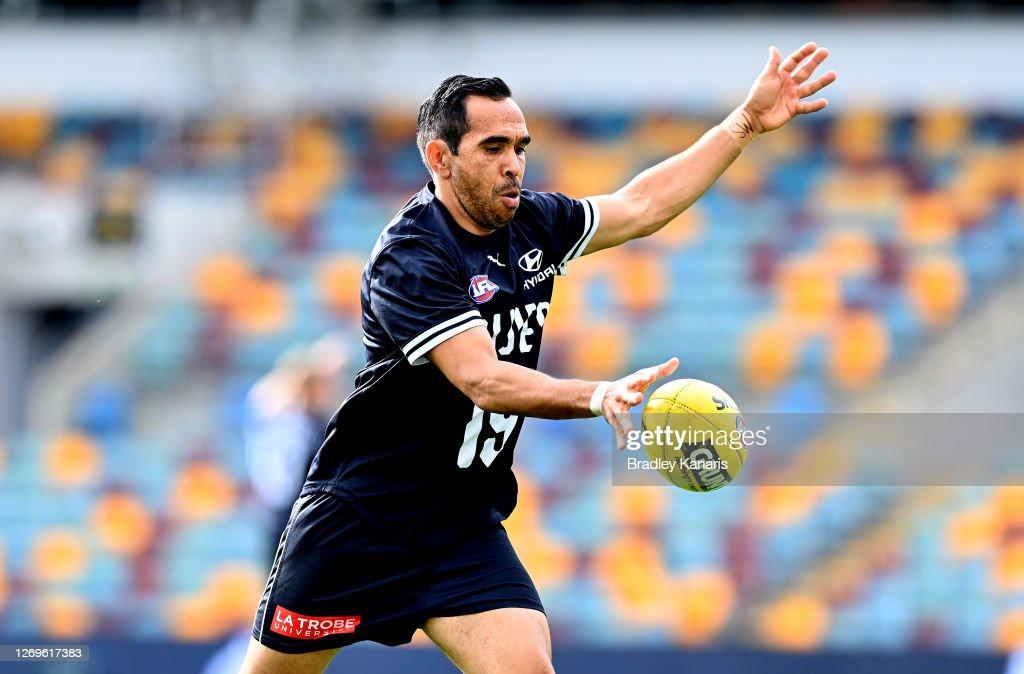 AFL Rd 14 -  Carlton v Collingwood : News Photo