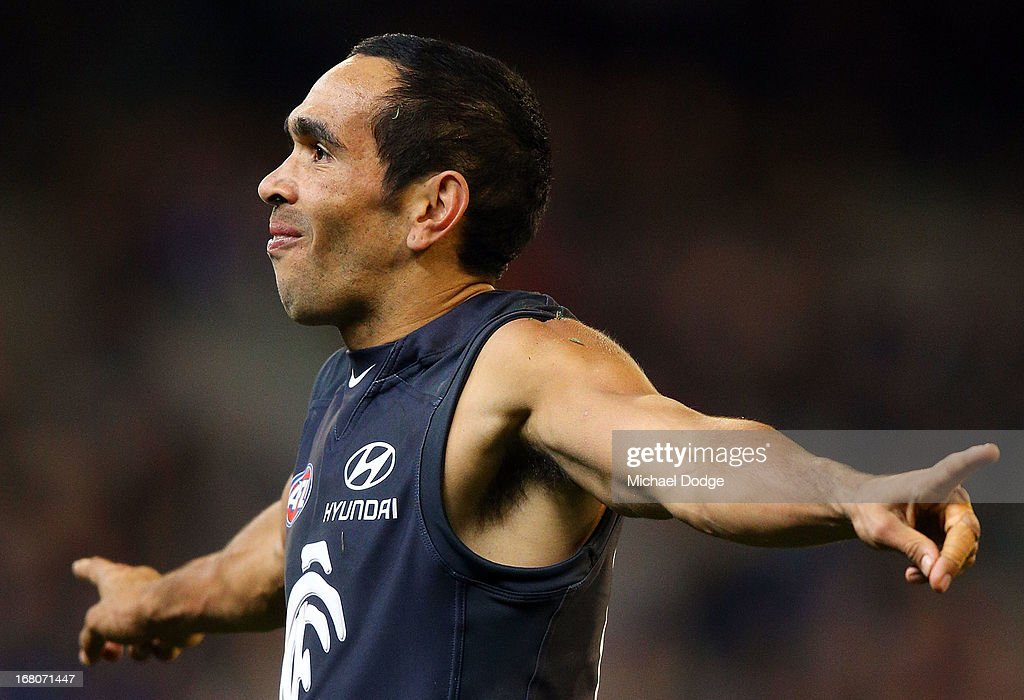 AFL Rd 6 - Carlton v Melbourne : News Photo