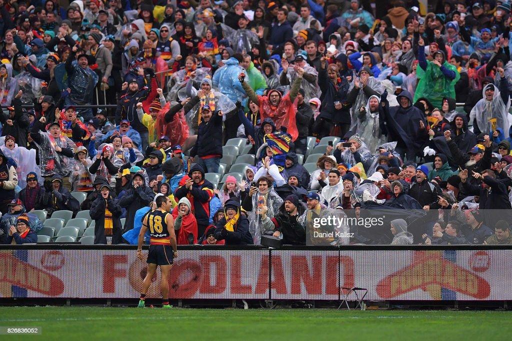 AFL Rd 20 - Adelaide v Port Adelaide : News Photo