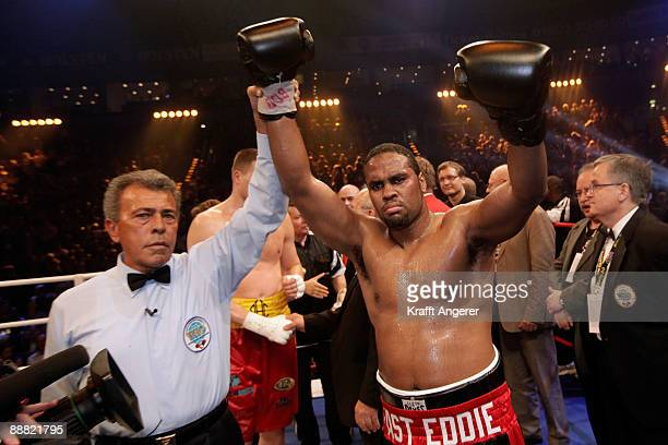 Eddie Chambers of USA poses after winning the WBO Eliminator Heavyweight fight between Alexnder Dimitrenko of Ukraine Eddie Chambers of USA during...