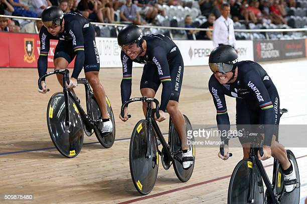 Eddie Dawkins Sam Webster and Ethan Mitchell of New Zealand during a time trial in the Elite Men 750m Team Sprint at the New Zealand Track National...
