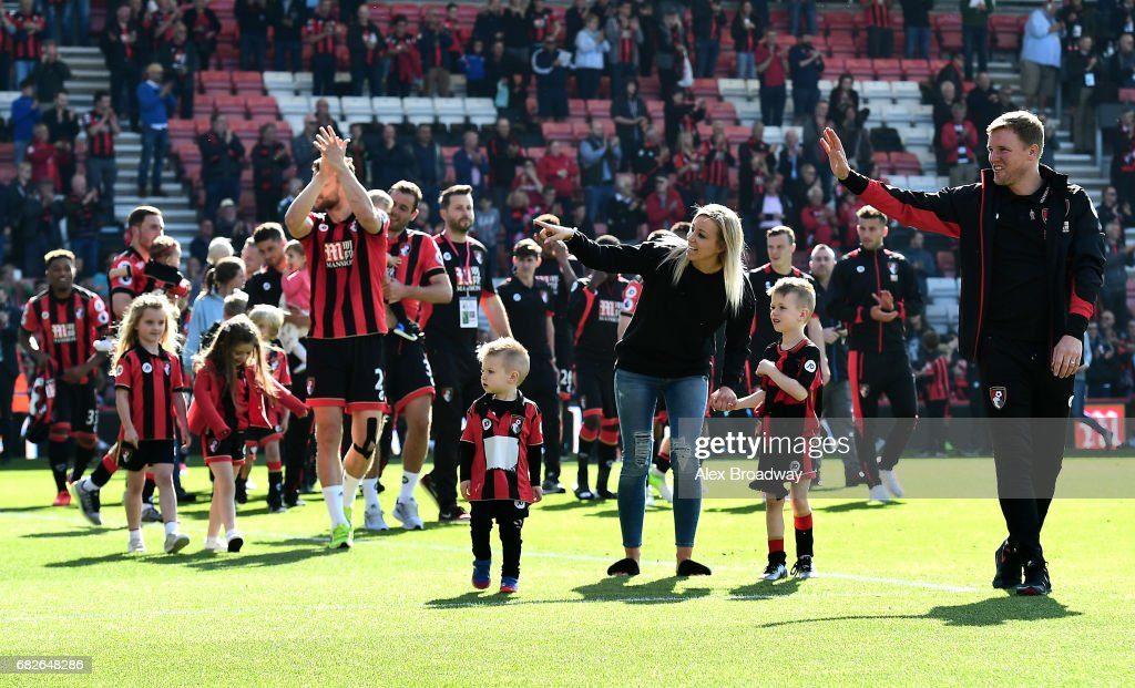 Eddie Howe Manager Of Afc Bournemouth And His Family Wave To The Afc News Photo Getty Images