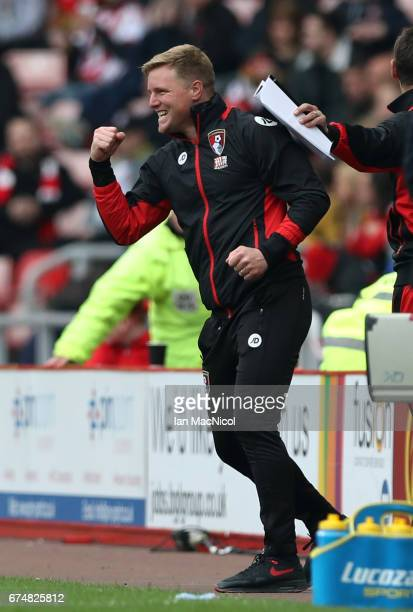 Eddie Howe Manager of AFC Bournemouth celebrates during the Premier League match between Sunderland and AFC Bournemouth at the Stadium of Light on...