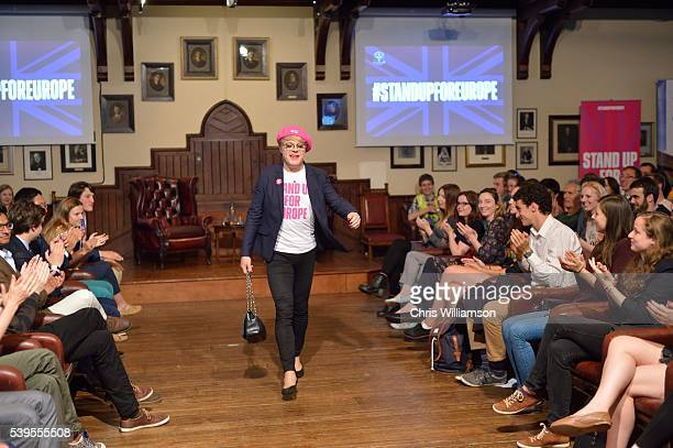 Eddie Izzard arrives to address The Cambridge Union on the EU Referendum on June 12 2016 in Cambridge Cambridgeshire After joining Labour activists...