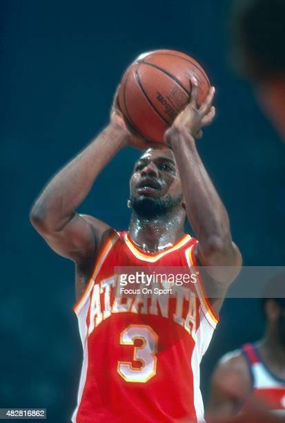 Eddie Johnson of the Atlanta Hawks shoots a free throw against the Washington Bullets during an NBA basketball game circa 1979 at the Capital Centre...