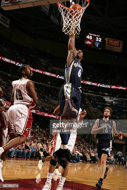 Eddie Jones of the Memphis Grizzlies drives for a dunk attempt against Damon Jones of the Cleveland Cavaliers November 11, 2005 at Quicken Loans...