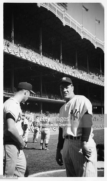 NEW YORK OCTOBER 2 1957 Eddie Mathews of the Milwaukee Braves left and Hank Bauer of the New York Yankees prepare for game one of the 1957 World...