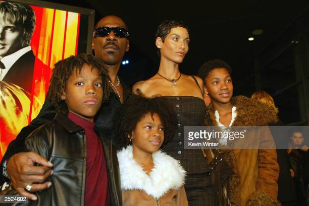Eddie Murphy and his wife Nicole with their children Miles Shane and Brea at the premiere of I Spy at the Cinerama Dome in Hollywood Ca Wednesday Oct...